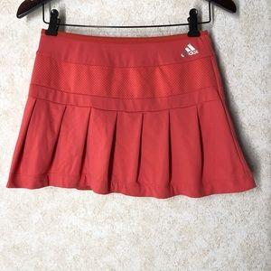 💕3/$25 Adidas pleated athletic skirt. Size M.
